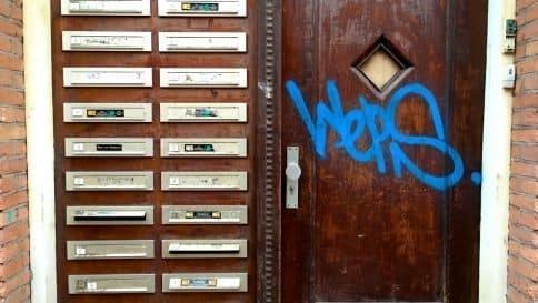 Vrijheid van meningsuiting - bedrijf een brievenbusfirma noemen