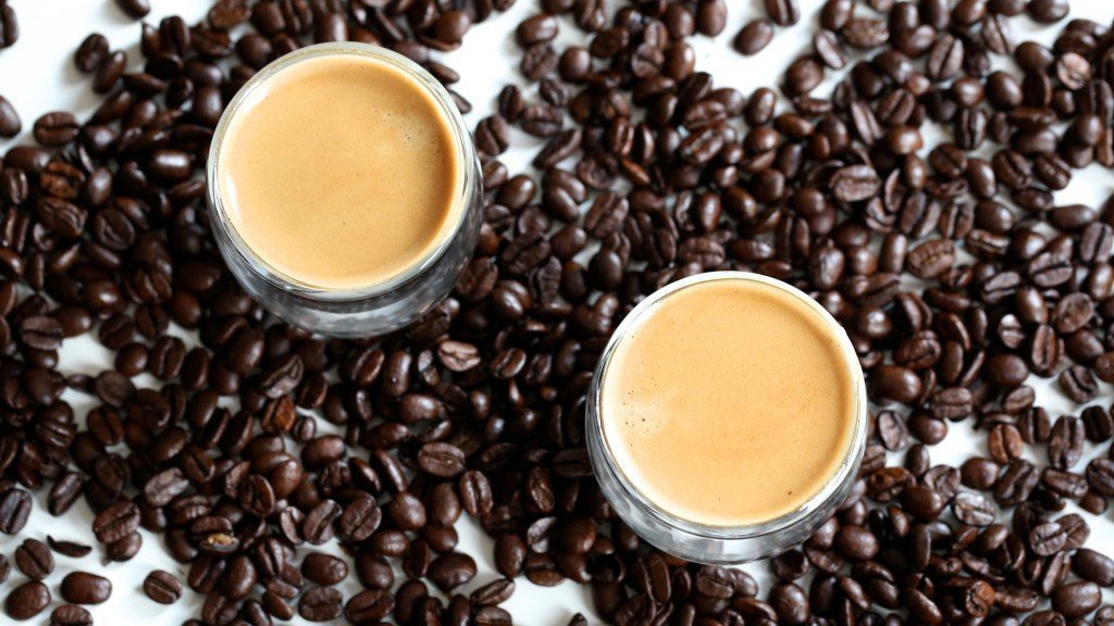 Oploskoffie van Charlotte's Law. Kom binnen voor een bak koffie en een oplossing.