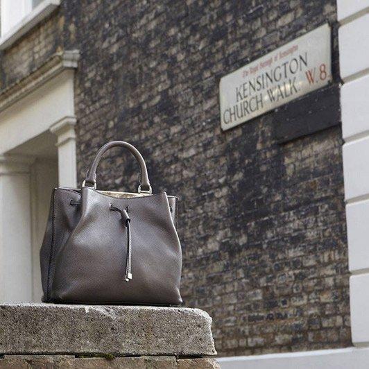 Weekend Bites: recht op 'Oh', geen tassen bij Kensington Palace en hoe mannen kunst bekijken